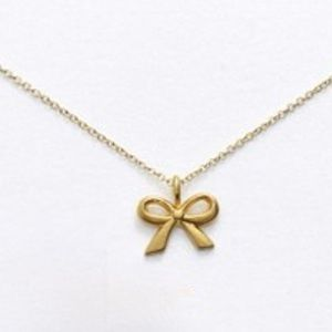 Gold Platted Bow Necklace